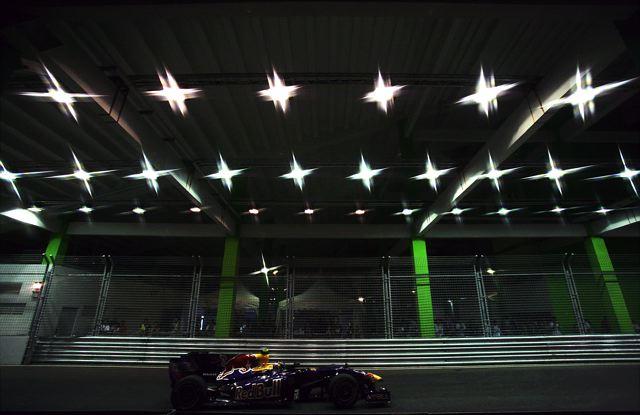 F1シンガポールGP予選:バリチェロがクラッシュ、赤旗終了でハミルトンが2連続PP(2)
