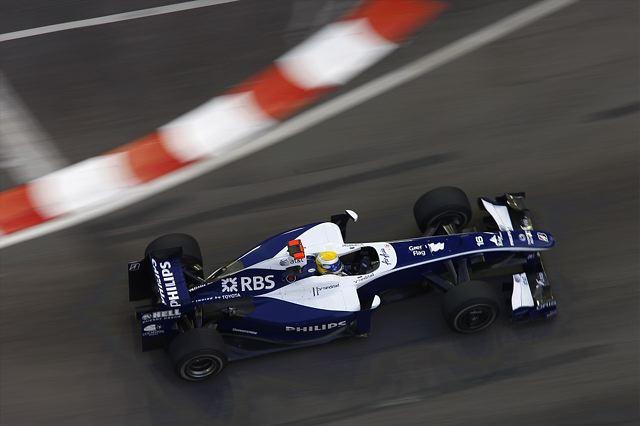 F1シンガポールGP予選:バリチェロがクラッシュ、赤旗終了でハミルトンが2連続PP(3)