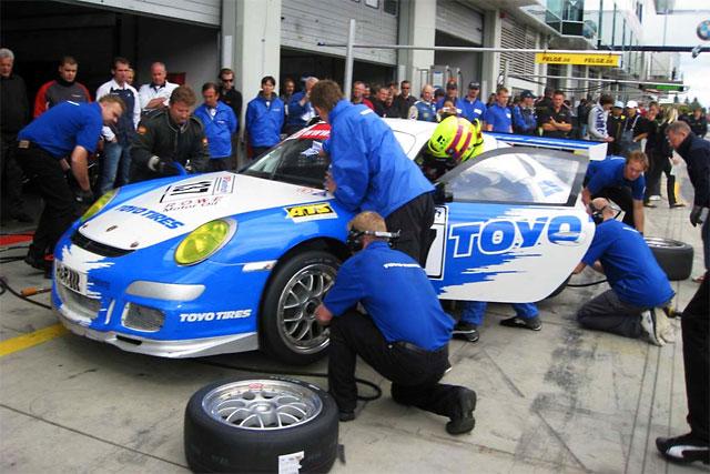 【TOYO TIRES】TOYO TIRESがハンガリー12時間耐久レースの参戦チームにタイヤをサポート(1)