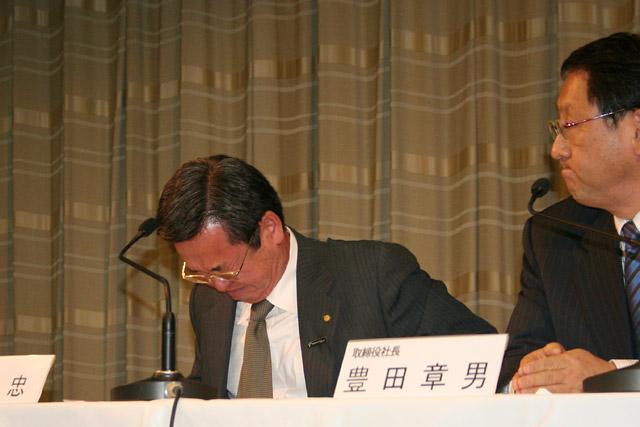 山科TMG会長、可夢偉、一貴、TDPのふたりの将来を憂い涙「どこかのチームに乗せたい」(1)