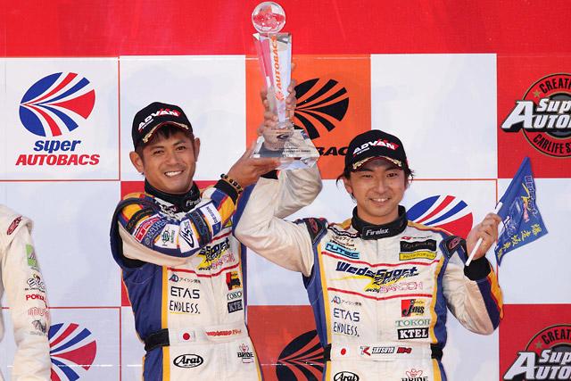【トヨタモータースポーツニュース】SUPER GT最終第9戦もてぎ トムスのレクサスSC430が逆転でダブルタイトル獲得!(3)