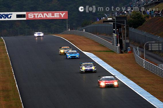 【motoyama.net】2009 Super GT RD9 ツインリンクもてぎ・決勝レポート(2)