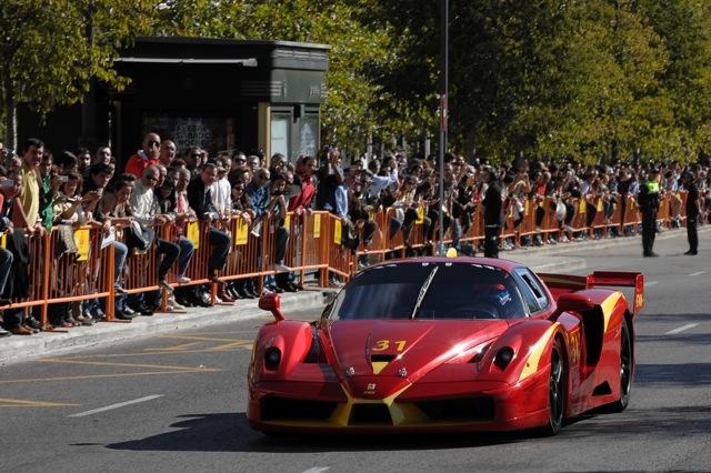 フェラーリがバレンシア市内をパレード。週末の「ワールド・ファイナル」にアロンソが登場!?(3)