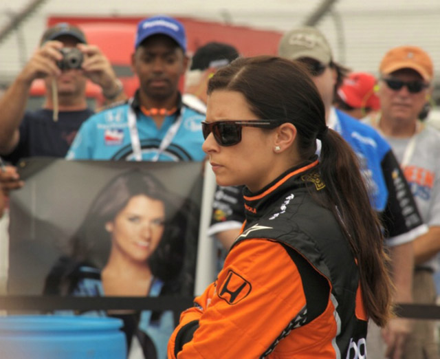 ダニカ・パトリック、2010年はNASCARネイションワイド・シリーズにも参戦(1)