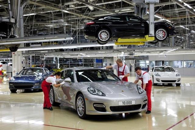 【ポルシェジャパン】1万台目のパナメーラがライプツィヒ工場からラインオフ(1)