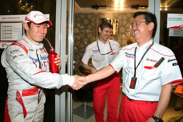 トヨタ山科専務「可夢偉が来季もF1ドライバーになれて喜ばしい限り」(1)