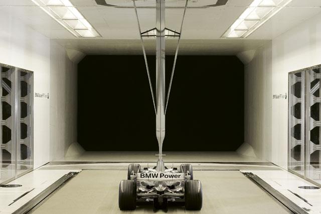 F1ファクトリー探訪:BMWザウバー