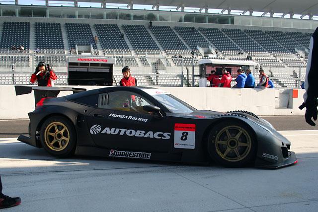 GT鈴鹿合同テストスタート HSV-010 GTも5台が走行(1)