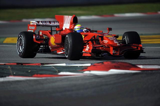 マッサがバルセロナテストを実施。順調に90周回を重ねる(2)