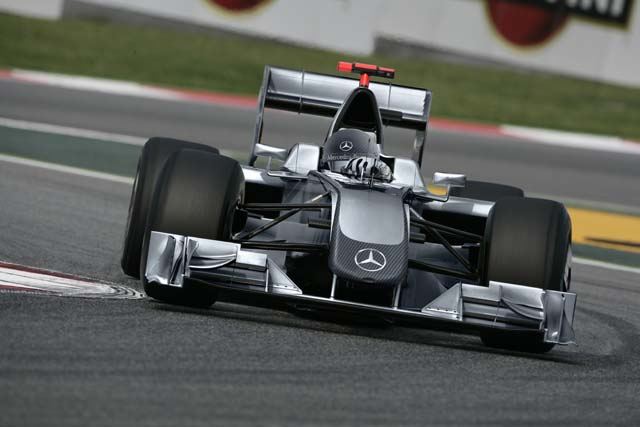 いよいよ新車発表ラッシュ。フェラーリを皮切りにまずは6チームが2010年型車を披露(4)