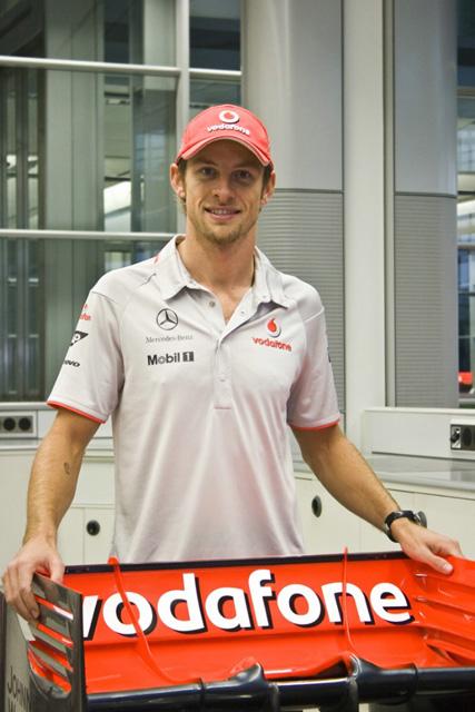 いよいよ新車発表ラッシュ。フェラーリを皮切りにまずは6チームが2010年型車を披露(5)
