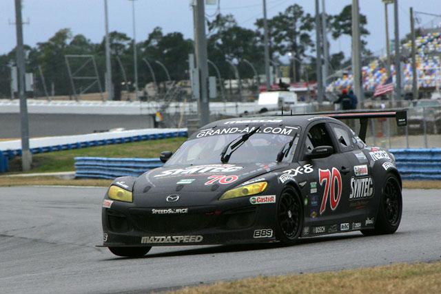 【MZ Racing】「マツダRX-8」が2008年に続きGTクラス優勝~ 米・デイトナ24時間レース ~(3)
