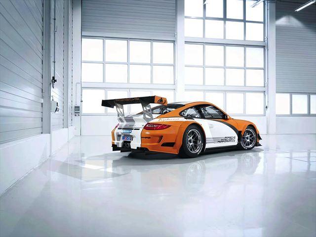 【ポルシェジャパン】911 GT3 Rハイブリッドがジュネーブでワールド プレミア(2)