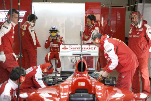 アロンソ、フェラーリF10の仕上がりに自信。「100パーセントに近づきつつある」(2)