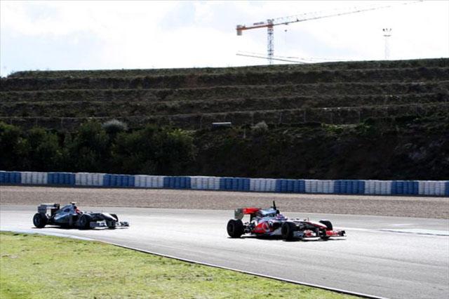 「フェラーリが安定性ではトップ」とバトン(2)
