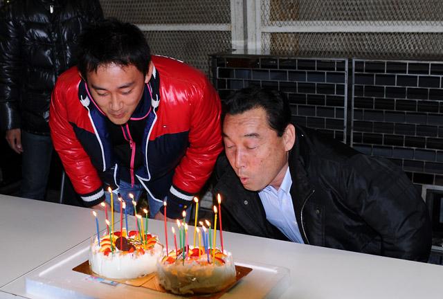 """岡山でNAKAJIMA RACINGが""""極秘!?""""誕生日パーティーを実施(1)"""