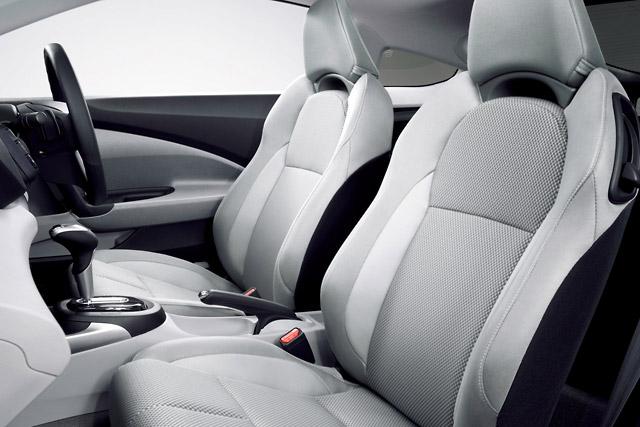 【Honda】新型ハイブリッドカー「CR-Z」を発売(3)