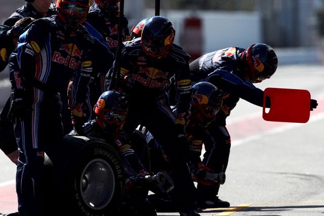 バルセロナ合同テスト初日、レッドブルのウエーバーがトップタイム(1)