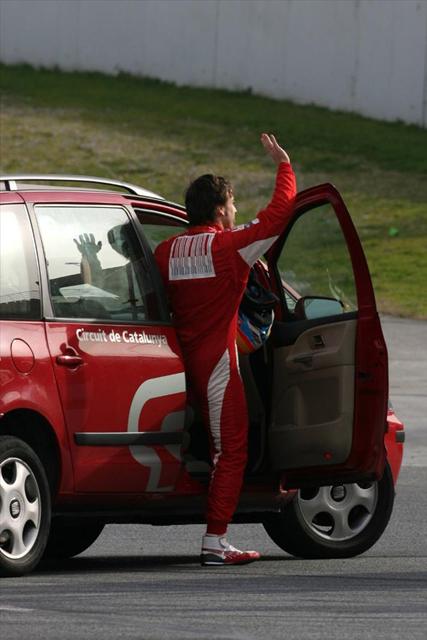 アロンソ、トラブルに阻まれつつも、F10の新空力コンポーネンツをテスト(3)