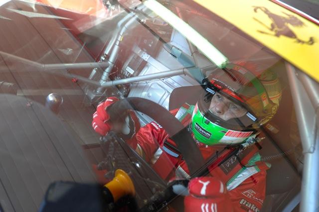 フィジケラがフェラーリのGTマシンを初テスト。アレジも参加(1)