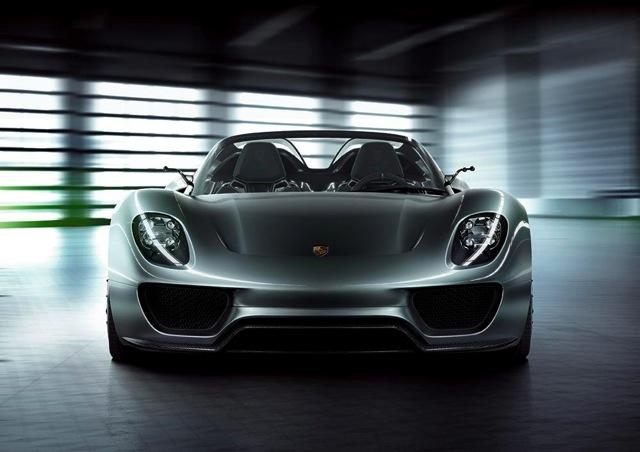 【ポルシェジャパン】ポルシェがジュネーブモータショーで高性能なコンセプトスポーツモデル、918スパイダーを発表(2)