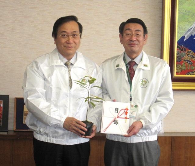 【横浜ゴム】伝統植樹祭の記念行事に15,000本の苗木を寄贈(1)