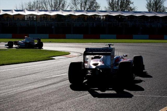 「夕刻開催に反対したがドライバーの意見は無視された」とトゥルーリ&ウエーバー(1)