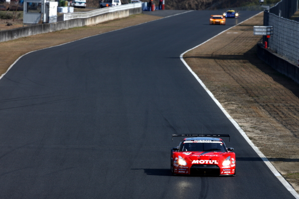 【motoyama.net】2010Super GT RD2 岡山300KMレース決勝レポート(1)