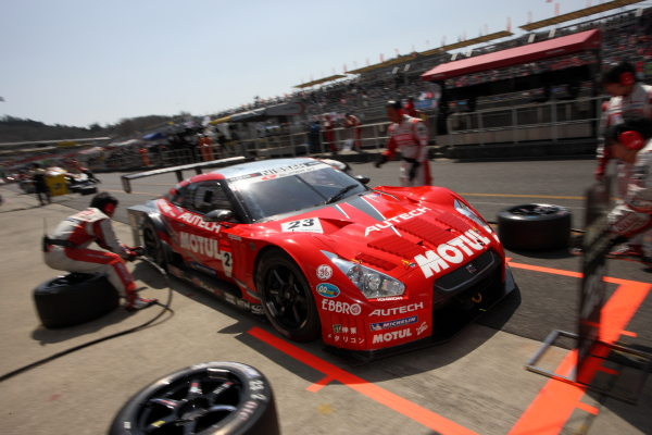 【motoyama.net】2010Super GT RD2 岡山300KMレース決勝レポート(2)
