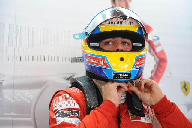 アロンソ「レッドブルのことは気にしていない。数戦後にはフェラーリがベストになるよ」(1)