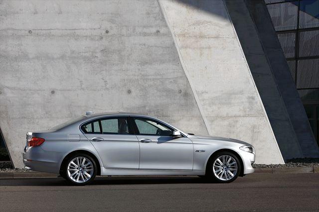 【BMW Group PressClub Japan】ューBMW 528iセダンがエコカー減税対象モデルに認定 新車購入補助金とあわせて最大で約43万円の価格メリット 4月下旬より納車開始(3)