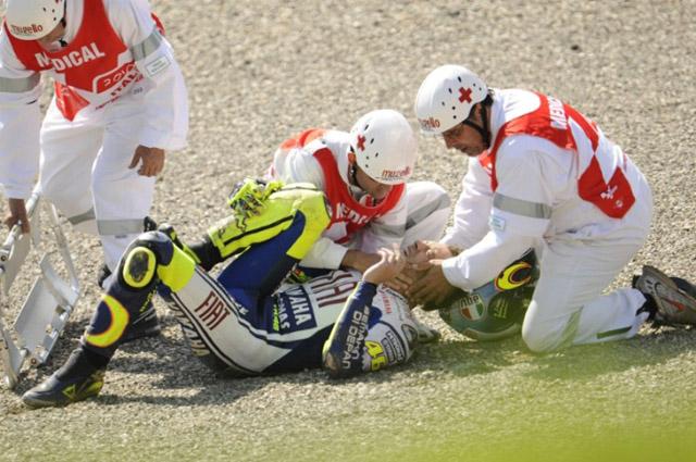 骨折のロッシにフェラーリが応援のメッセージ(2)