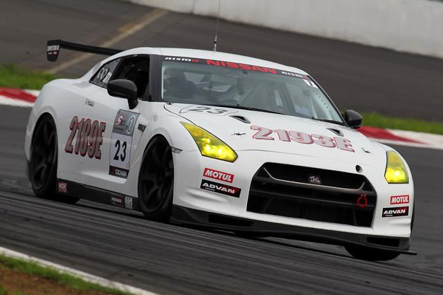 S耐仕様GT-R、富士に登場 練習走行をこなす(3)