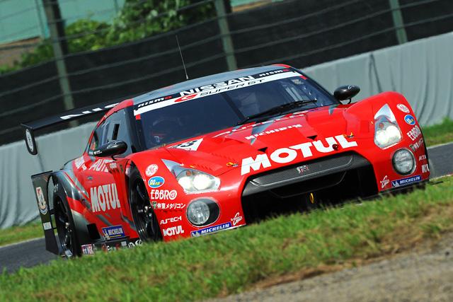SGT鈴鹿:朝の走行はMOTUL GT-Rがトップ GT300PPのタイサンはクラッシュ(1)