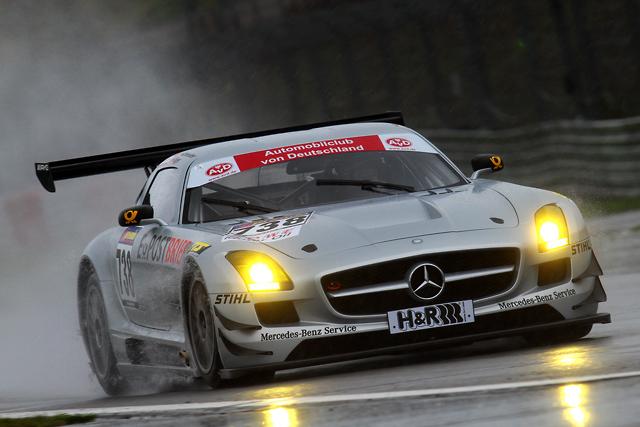メルセデスSLS AMG GT3、VLNにデビュー(2)
