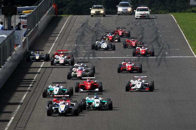 全日本F3第14戦SUGO:山内、歓喜の全日本F3初優勝!(2)