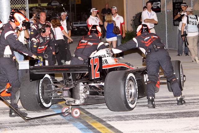 フランキッティ、逆転で3度目の王座獲得 レースはディクソンが制す(4)