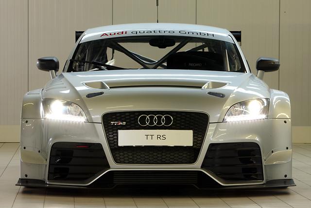 アウディ、TT RSベースのレーシングカーを開発(1)