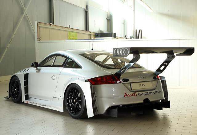 アウディ、TT RSベースのレーシングカーを開発(4)
