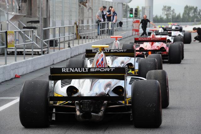 Fルノー3.5シリーズに新チームが参戦(1)