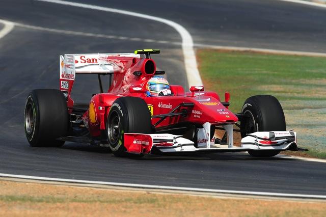 複数のドライバーからピットエントリーに対して不満(1)
