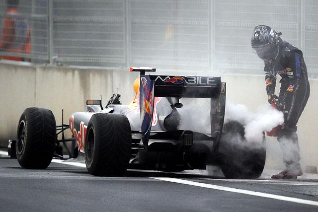 ベッテルのエンジントラブルは、バルブが関係か?(1)