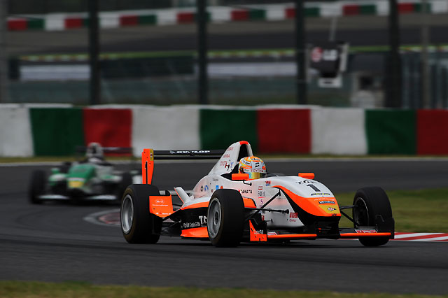 FCJ最終戦は3レース。F1で中止の第10戦が復活(1)