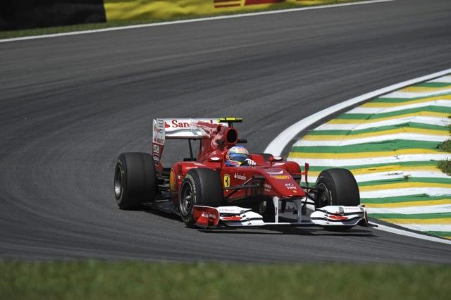 ブラジルGP開幕も、アロンソにいきなりトラブルが発生(1)