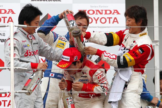 勝って決めた! 2010年Fニッポン王者はオリベイラが獲得(7)