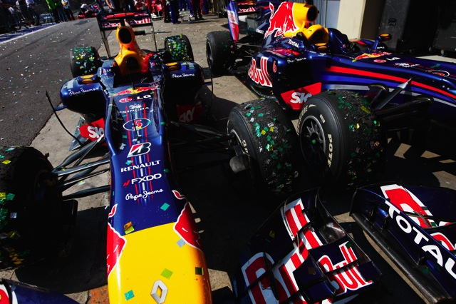 RBRはチームオーダーよりドライバーの判断に委ねる(1)