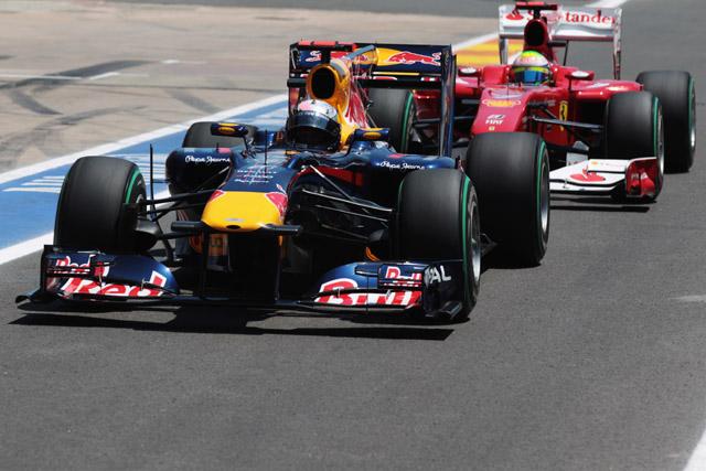 レッドブルの態度は勝者にふさわしくないとフェラーリ(1)