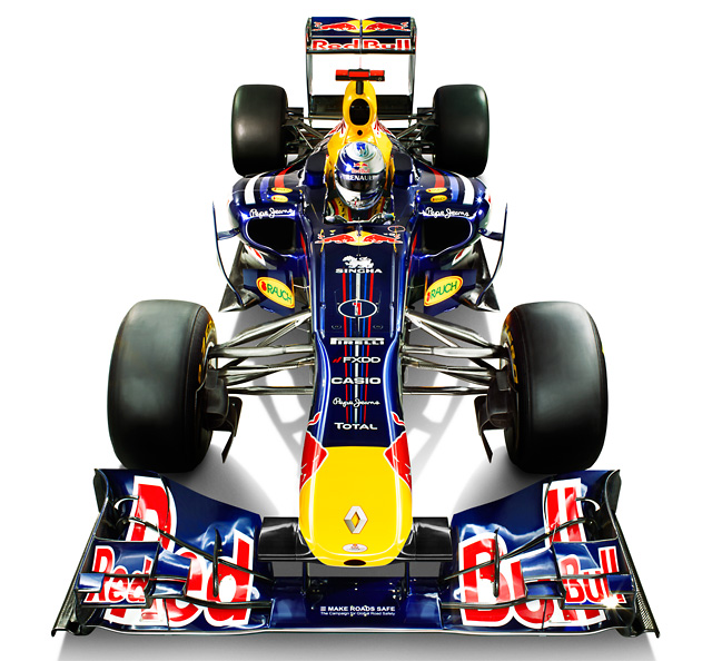 タイトル連覇に挑むレッドブルが新車「RB7」を公開(2)