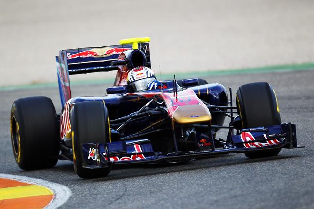 新シーズン幕開け 合同テストで7チームが新車投入(7)
