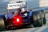 F1   FW33の革新的リヤエンド。ドライブシャフトは最大角度